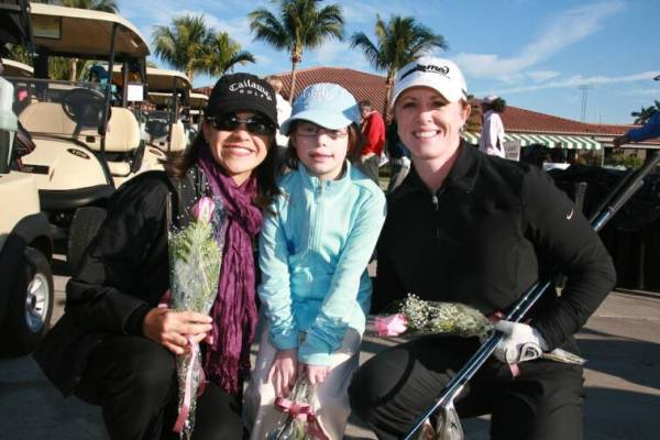 Leta Lindley golfing with friends